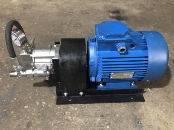 Насосный агрегат с НШ4 с электродвигателем  с клапаном давления на фланце